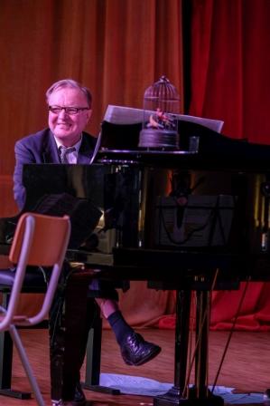 Anton Illenberger - Klavier
