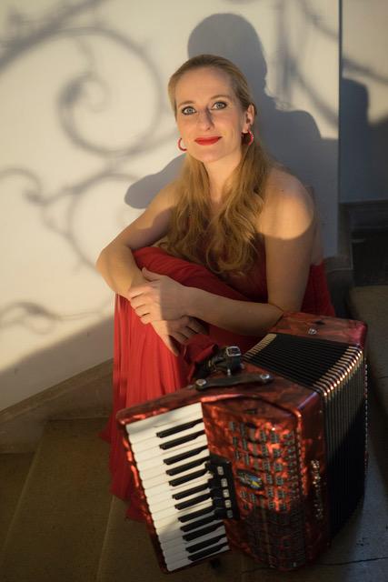 Regina Leitner -Schauspiel, Gesang